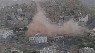 Houthis shell residential areas in Taiz
